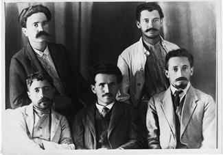 http://wpc2.narod.ru/01/ben_zvi_ben_gurion_edinstvo_1912.jpg
