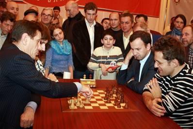 http://wpc2.narod.ru/01/blitz_zhukov_dvork_2.jpg