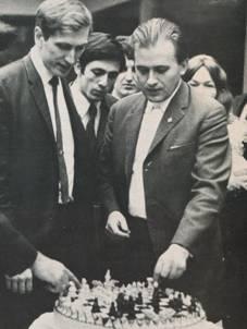 http://wpc2.narod.ru/01/larsen_fischer_1970.jpg