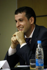 http://wpc2.narod.ru/01/levitov_smile.jpg