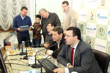 http://wpc2.narod.ru/01/tal_2011_sutovsky_zhukov_levitov_dvorkovich_burstein.jpg
