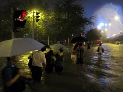 http://wpc2.narod.ru/02/china/flood_9.jpg