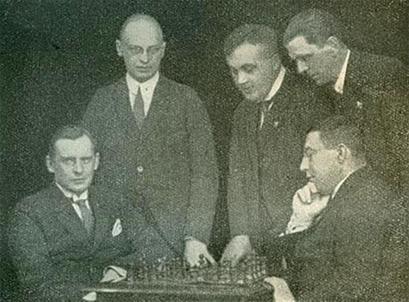 http://wpc2.narod.ru/alekhine-rubinstein-1920s.jpg